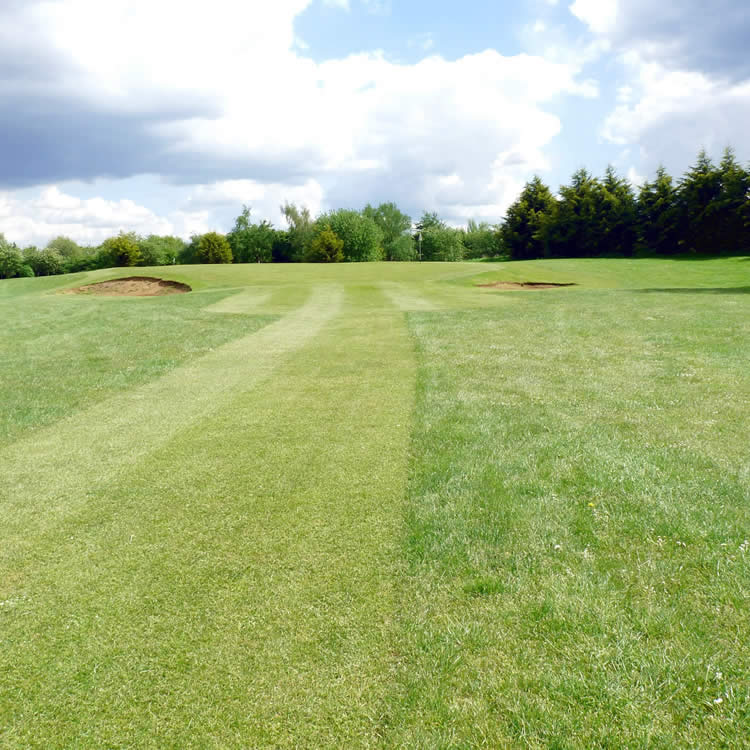 Nine-hole golf course in Iver near Slough