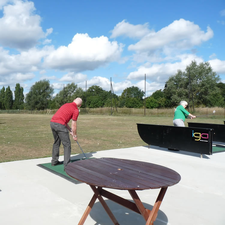 The 14-bay golf driving range at Iver Golf is conveniently located near Thorney Park, Buckinghamshire, for you to pop in and practice your golf game.