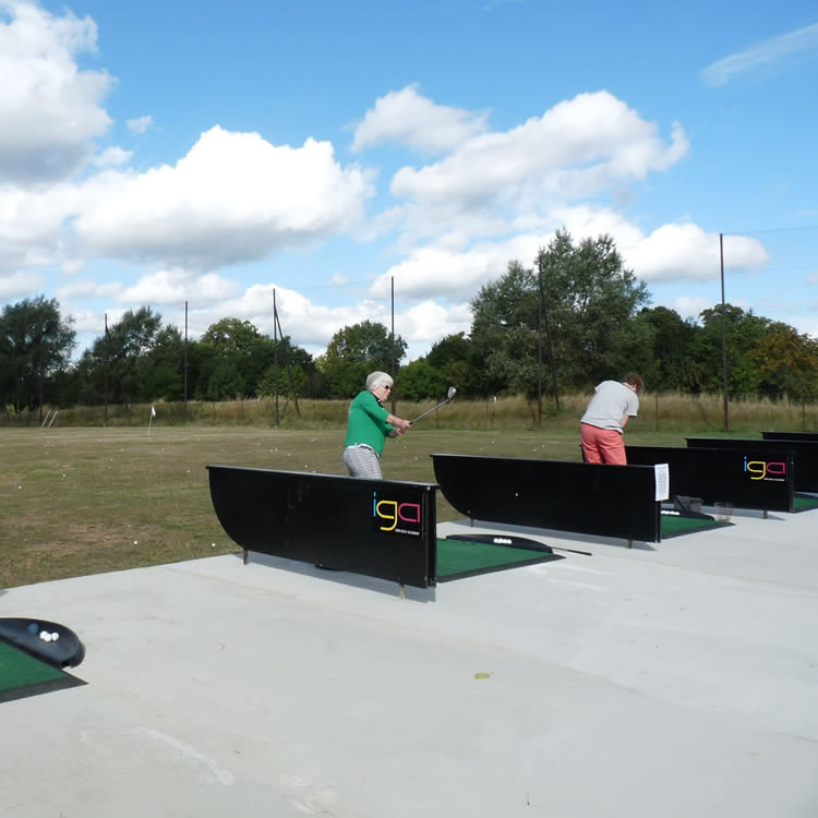 Open to all ages, the floodlit golf driving range at Iver Golf close to Middle Green, Buckinghamshire, is the perfect place to improve your swing.